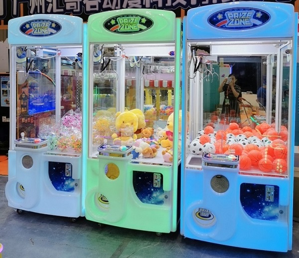 Icefuns Claw Crane Machine Obtain High Ratification