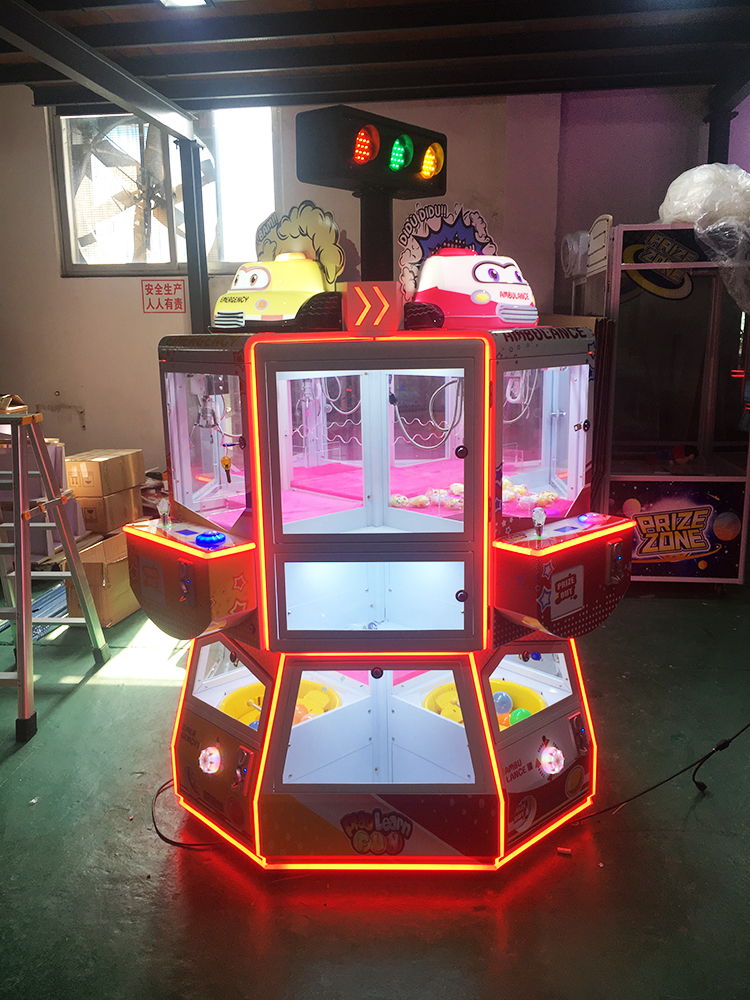 ICEFUNS newly launched toy prize machine with an integrated plush crane toy vending machine and big capsule toy prize machine