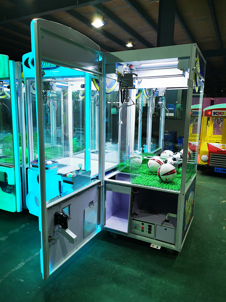 Why does toy crane game claw machine mechanism determine the quality of the plush doll crane machine