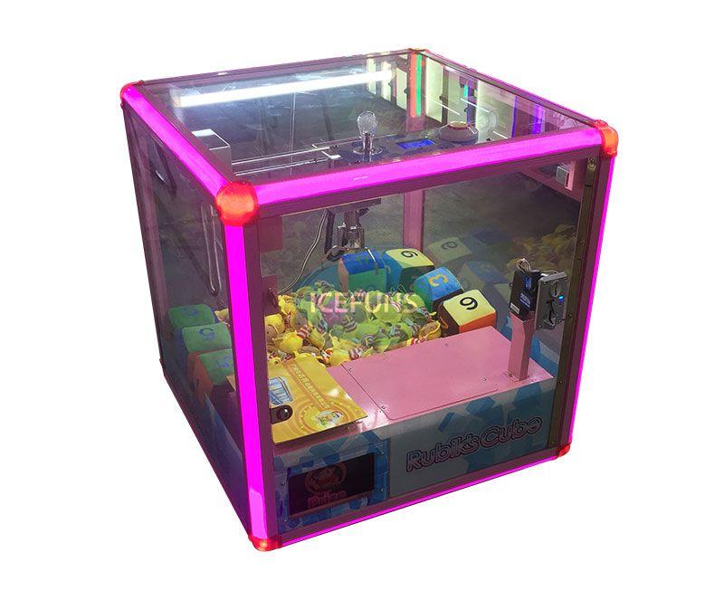rubik's cube crane machine