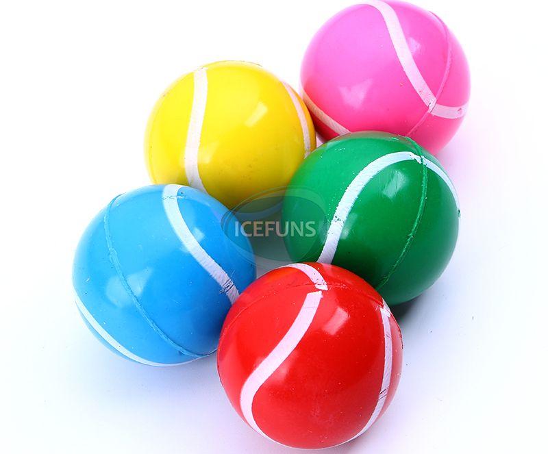 Tennis Bouncing balls