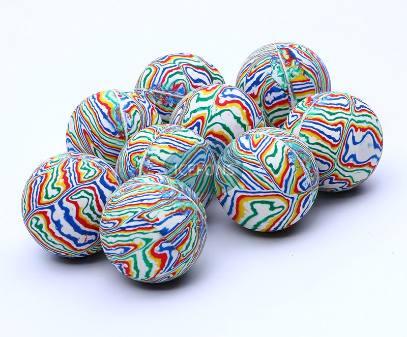 Strip bouncy ball