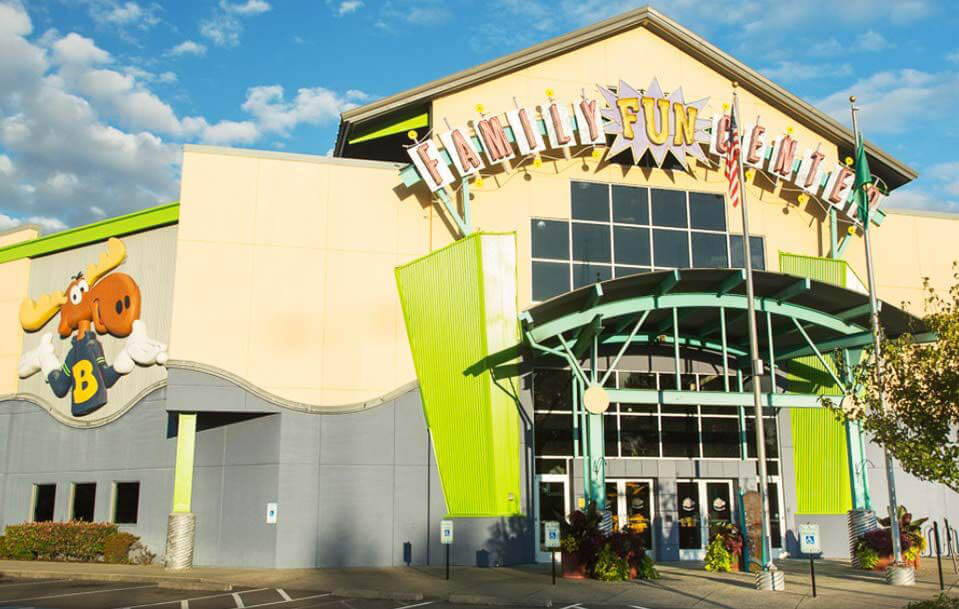 Tukwila Family Fun Center & Bullwinkle's Restaurant