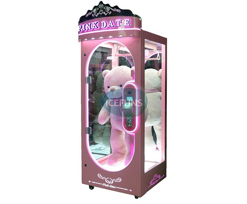 pink date prize machine